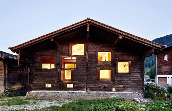 Holz In Tradition Umhullt Moderne